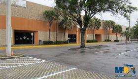 14214 N Nebraska Avenue, Tampa, FL 33613