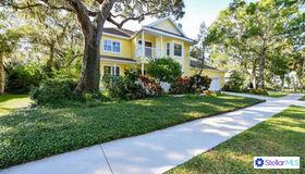 4474 Oak View Drive, Sarasota, FL 34232