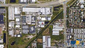 10821 Canal Street, Seminole, FL 33777