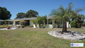 4202 Wilmette Place, Sarasota, FL 34233