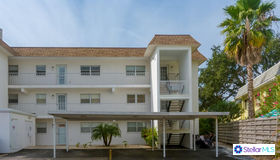 116 Vista Hermosa Circle #102c, Siesta Key, FL 34242