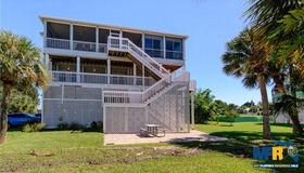 3470 Tidewater Drive, Weeki Wachee, FL 34607