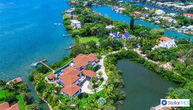 3799 Flamingo Avenue, Sarasota, FL 34242