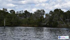13225 The Homosassa River, Homosassa, FL 34446