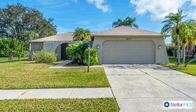 6651 Easton Drive, Sarasota, FL 34238