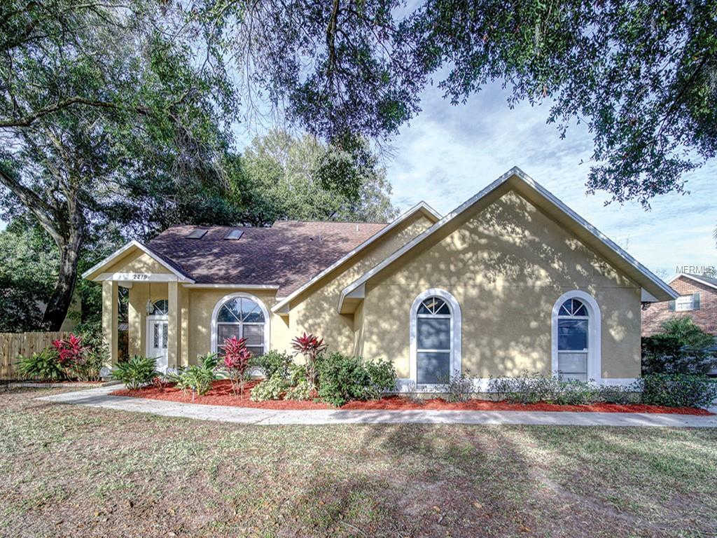 2219 Glen Mist Drive, Valrico, FL 33594 now has a new price of $265,000!