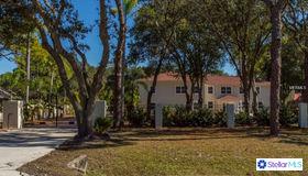 9725 131st Street, Seminole, FL 33776