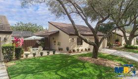 3936 Glen Oaks Manor Drive #13, Sarasota, FL 34232