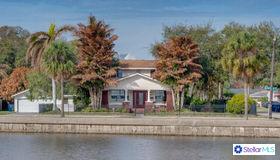 401 S Bermuda Boulevard, Tampa, FL 33605