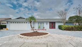 9621 105th Terrace N, Largo, FL 33773