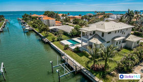 537 Yawl Lane, Longboat Key, FL 34228