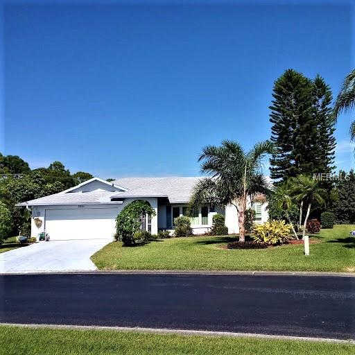 3321 Meadow Run Circle, Venice, FL 34293 now has a new price of $285,000!