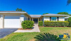 7352 W Country Club Drive N, Sarasota, FL 34243