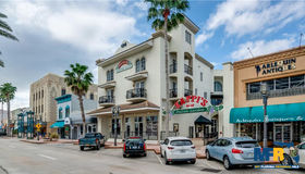 128 S Beach Street, Daytona Beach, FL 32114