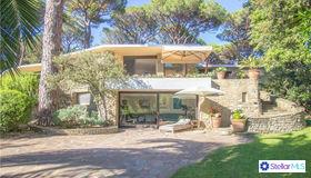 58043 Castiglione Della Pescaia, Tuscany, UK