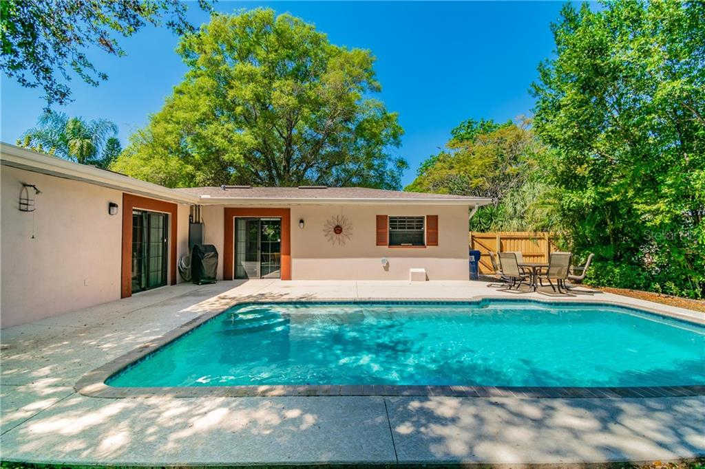1941 Country Club Road N, St Petersburg, FL 33710 is now new to the market!