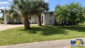 21499 Gladis Avenue, Port Charlotte, FL 33952