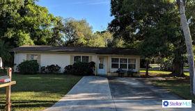 2902 Forest Lane, Sarasota, FL 34231