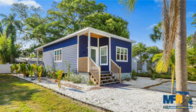 2609 46th Street S, Gulfport, FL 33711