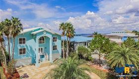 6706 Surfside Blvd, Apollo Beach, FL 33572