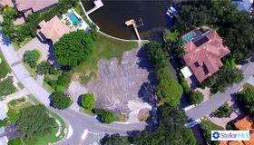 1105 Brightwaters Boulevard NE, St Petersburg, FL 33704