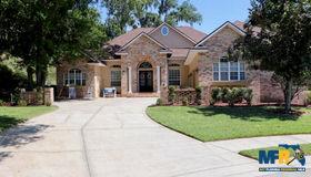 633 Crescent Hills Way, Lakeland, FL 33813