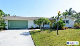 413 E Lake Drive, Sarasota, FL 34232