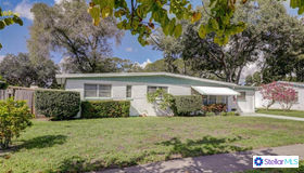 15548 Bedford Circle E, Clearwater, FL 33764