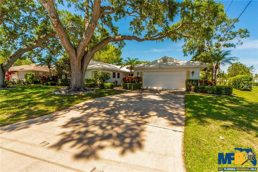 18 Hibiscus Road, Belleair, FL 33756 now has a new price of $525,000!