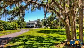 1504 E Crooked Lake Drive, Eustis, FL 32726