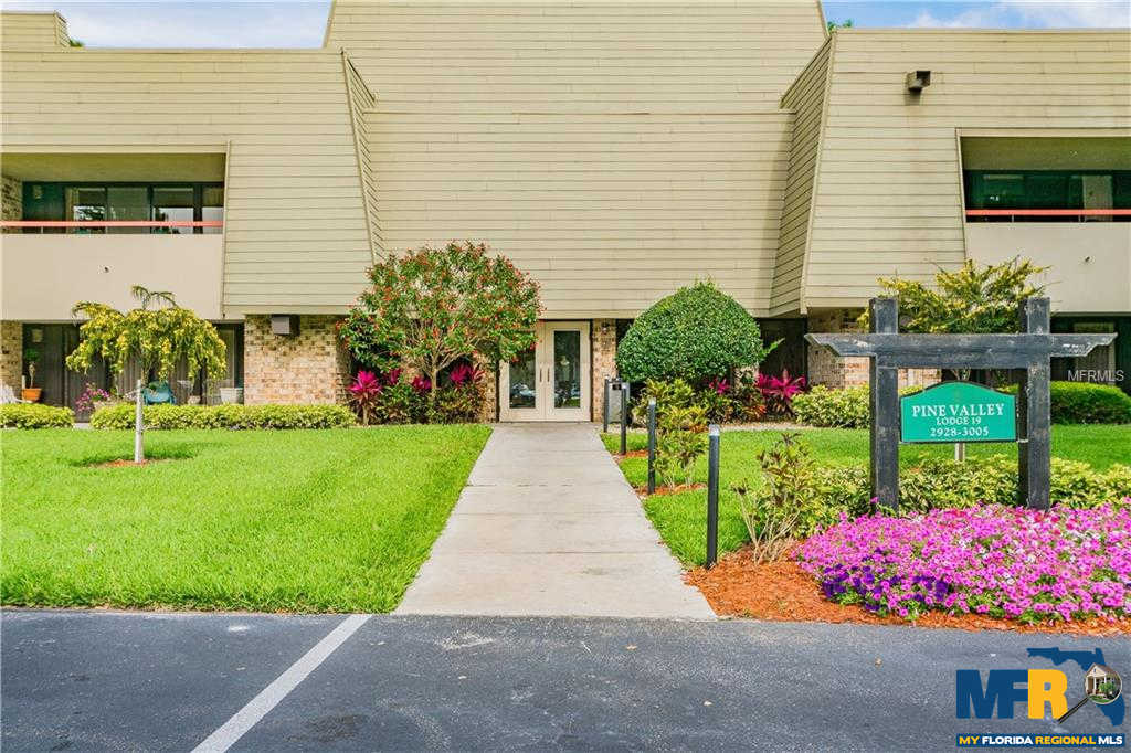 Video Tour  - 36750 Us Highway 19 N #19-301, Palm Harbor, FL 34684