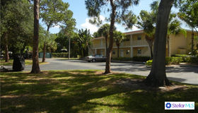 960 LA Costa Circle #4, Sarasota, FL 34237