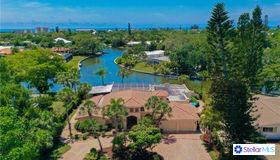 818 Paradise Way, Siesta Key, FL 34242