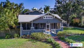 119 E Laurel Avenue, Howey IN The Hills, FL 34737