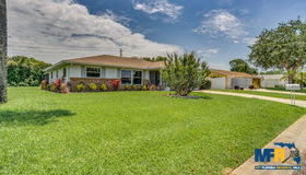 371 Sunnyside Drive, Venice, FL 34293