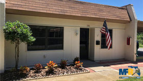 1361 Mission Circle #1, Clearwater, FL 33759