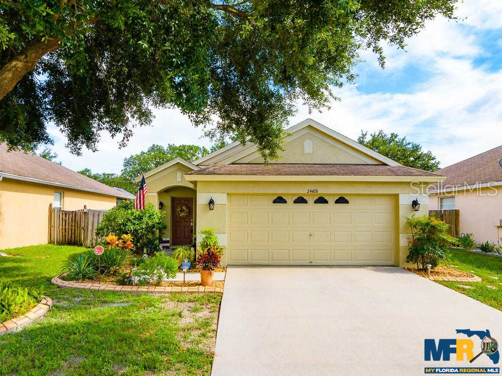 24426 Summer Wind Court, Lutz, FL 33559 is now new to the market!