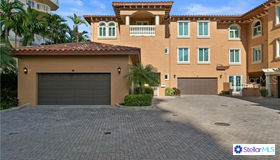 595 5th Avenue NE, St Petersburg, FL 33701