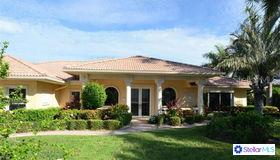 591 Golf Links Lane, Longboat Key, FL 34228
