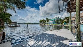 153 Shore Drive, Palm Harbor, FL 34683