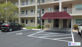 4000 3rd Street N #305, St Petersburg, FL 33703