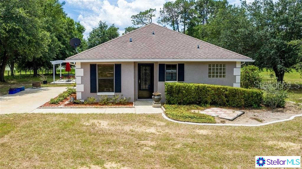 10928 Spanish Oak Drive, Howey IN The Hills, FL 34737 now has a new price of $1,075!