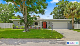 5065 39th Street S, St Petersburg, FL 33711