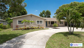 6259 17th Avenue N, St Petersburg, FL 33710