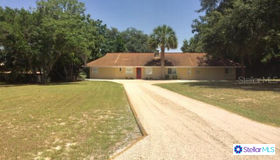 10641 Se 142nd Avenue Road, Ocklawaha, FL 32179