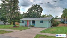 2111 Brueckner Drive, Sarasota, FL 34231