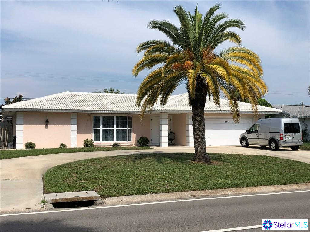 233 Venice East Boulevard, Venice, FL 34293 is now new to the market!