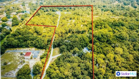 1881 Laurel Road E, Nokomis, FL 34275