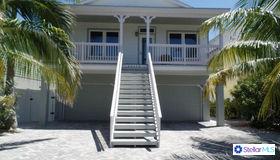 12112 Lagoon Lane, Treasure Island, FL 33706