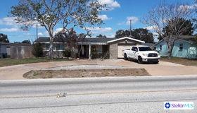 5307 Flora Avenue, Holiday, FL 34690
